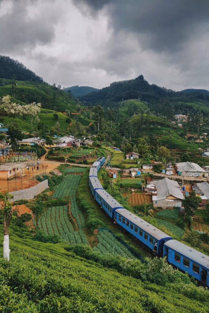 Blue train Nanuoya, Sri Lanka