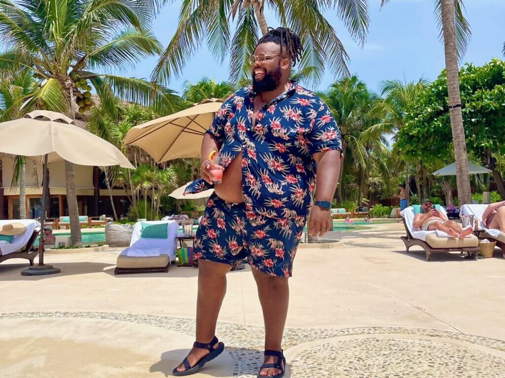 Jeff Jenkins Posing Tips and Tricks From Top Travel Bloggers Chubby Diaries