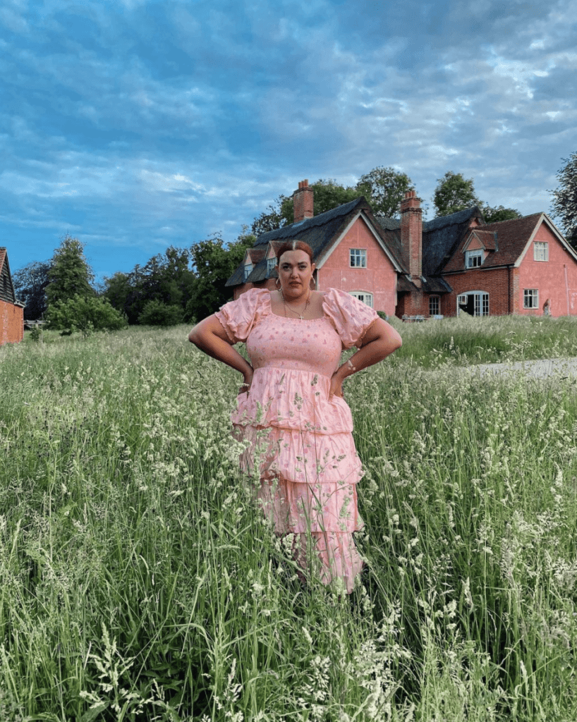 Lauren Talulah curvy_roamer 15 Plus Size Travel Bloggers You Should Know About Chubby Diaries
