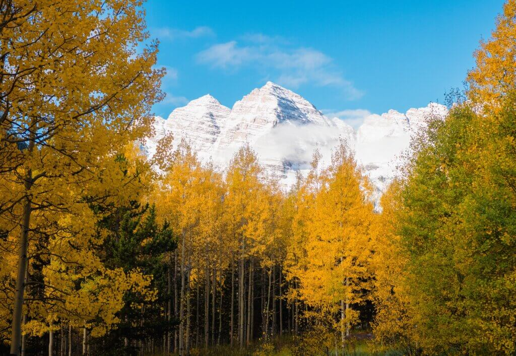Shelby Smith Maroon Bells Aspen, Colorado 5 Best Fall Vacation Spots Chubby Diaries